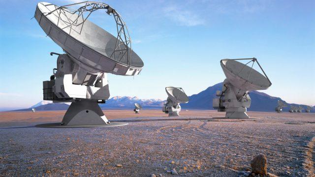 Fotografía ALMA (ESO/NAO J/NRAO )/L. Calçada (ESO)/H. Heyer (ESO)/H. Zodet (ESO)