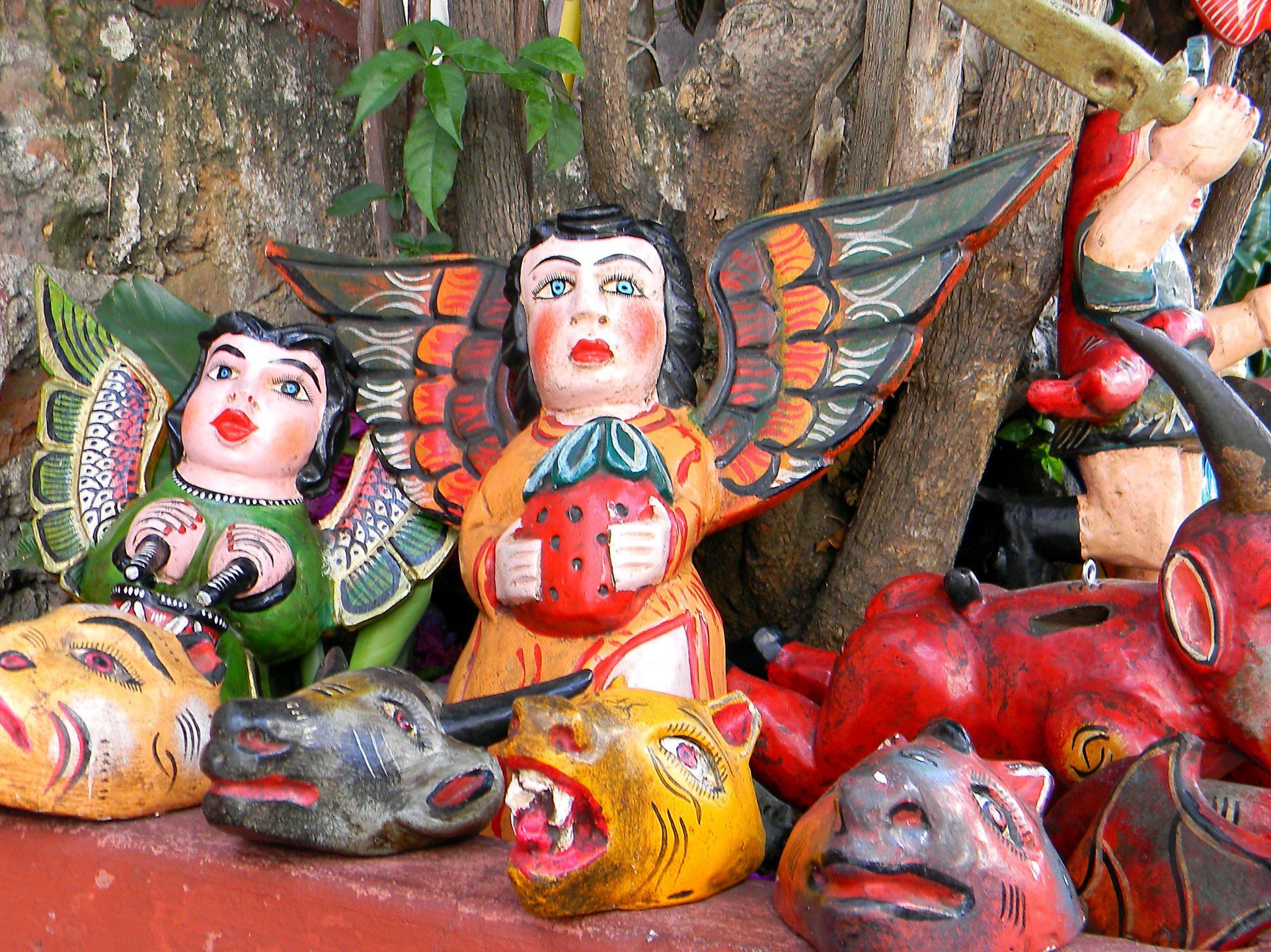 alebrijes: artesanías que se hacen a mano y que se han masificado como una de las imágenes que representana México en el mundo.
