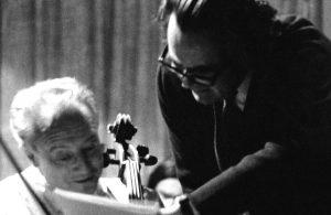 En la fotografía Fernando Rosas con el músico Pierre Fournier