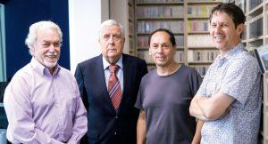 En la fotografía el equipo de la Radio Beethoven antes de ser cerrada:izquierda a derecha aparecen Adolfo Flores, Patricio Bañados, Sergio Díaz y José Oplustil.