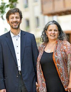 Pamela Cajales (51) y el abogado Ian Henríquez (51)