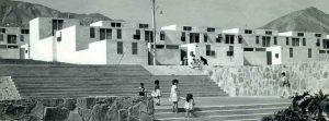 Fotografía antigua de casas en la Población Salar del Carmen