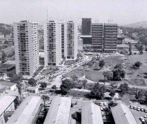 Fotografía antigua de las Torres San Borja
